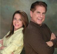 タッド・ジェームス&アドリアナ夫妻 画像