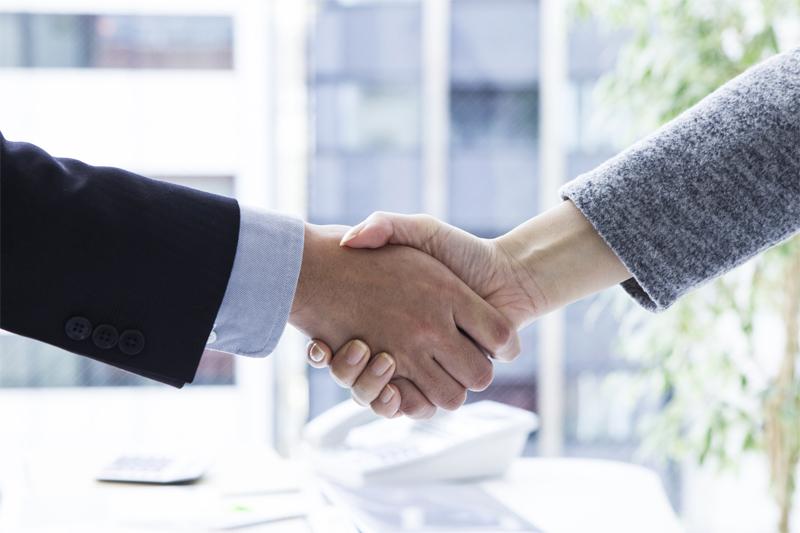 people_handshake002