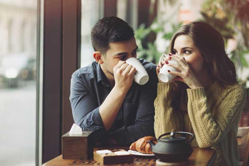 cafe_couple001